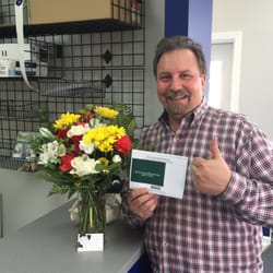 Norvell with Flowers and Thank you Card
